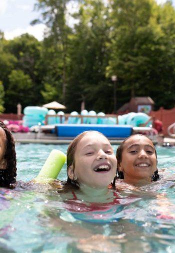 Swimming pool, four kids